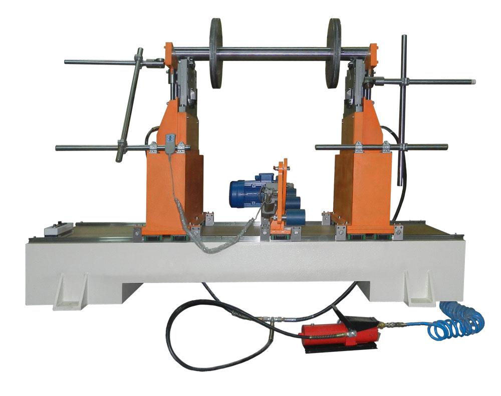 Máquina para el balanceo de rotores de un peso de hasta 1000 kg tb 1000 de la producción Tehnobalans