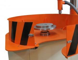 Вертикальный станок для балансировки для одноплоскостной балансировки маховиков, демпферов, вентиляторов, дисков, импеллеров и других дискообразных роторов весом со стружкоотсосом до 250 кг