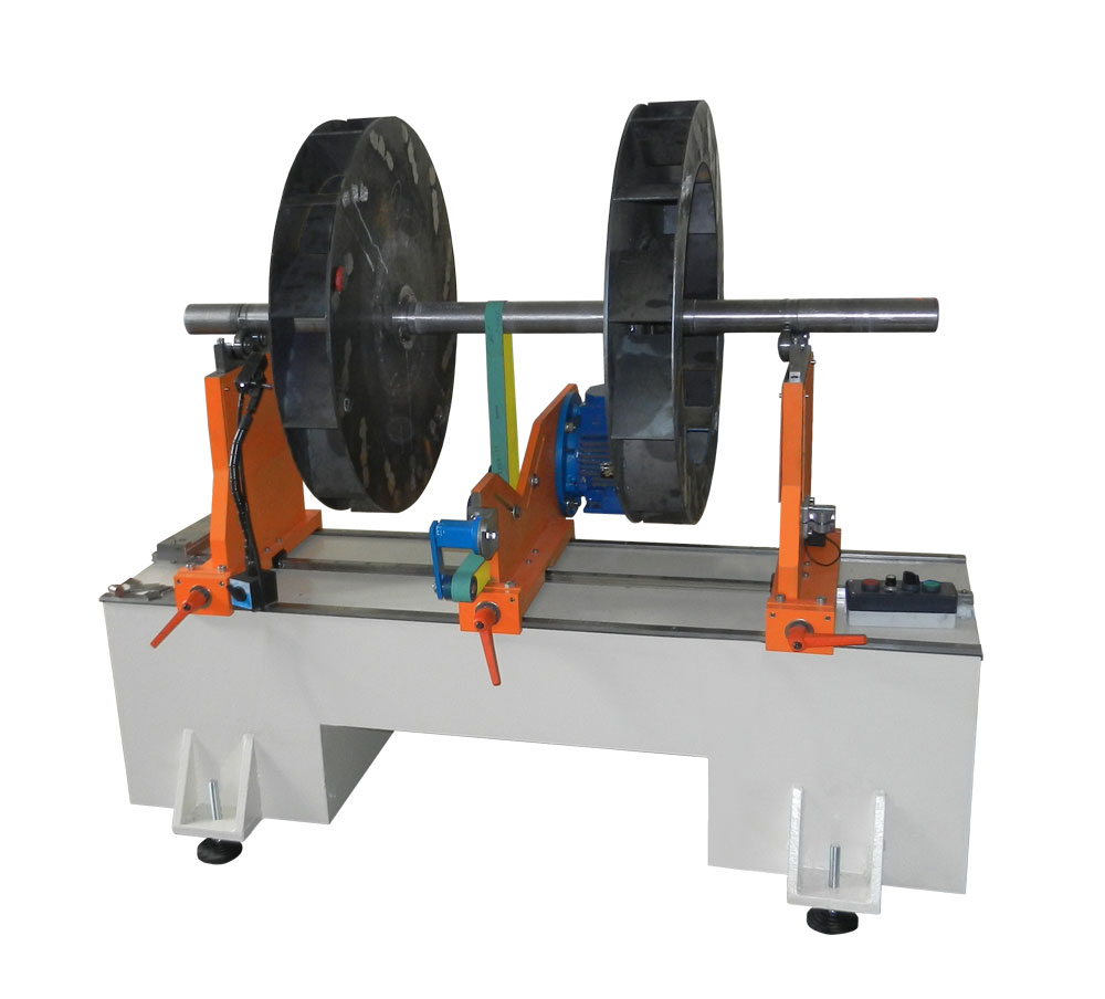 Machine for balancing rotors weighing up to 300 kg 300 TB of production Tehnobalans